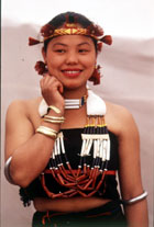 Naga Girl http://www.indiawijzer.nl/tourism_travelling_to_india/northeasternindia/nagaland/nagaland_links.htm